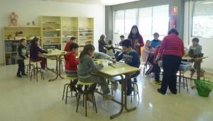 sementamos manises con Dona Isabel e a teacher